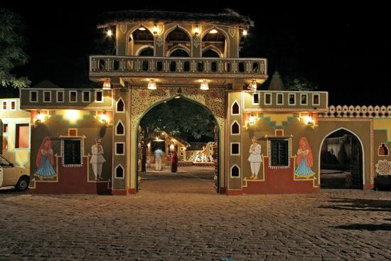 CHOKI-DHANI (The perfect glimpse of Rajasthan)